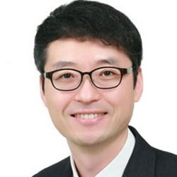 Yunseong Hwang